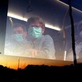 mascareta posta de sol Coronavirus - Efe