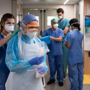 Coronavirus hospital mascaretes UCI infermers test - ACN