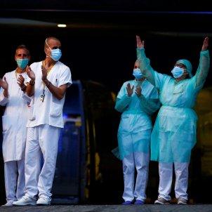 coronavirus   sanitaris hospital de sant pau   efe