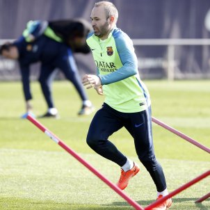 Andres Iniesta entrenament Barça FCB (2)