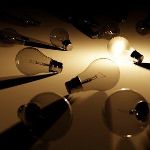llum bombeta energia electricitat - pixabay