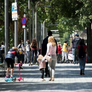 Confinament nens carrer coronavirus Barcelona - Efe