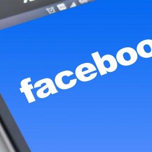 Facebook Pixabay