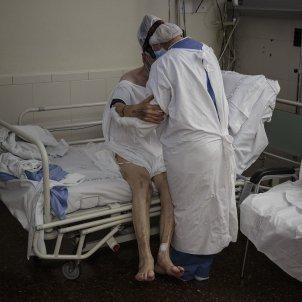 UCI Hospital Clínic infermera pacient coronavirus - Sergi Alcazar