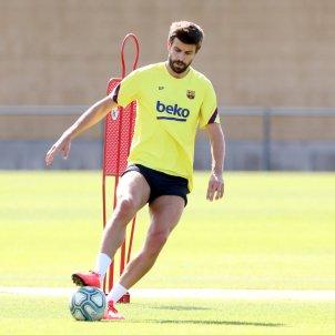 Pique entrenament Barca FC Barcelona