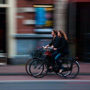 Mujeres bici Unsplash