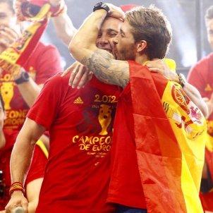Pepe Reina Sergio Ramos bandera espanyola seleccio @PReina25
