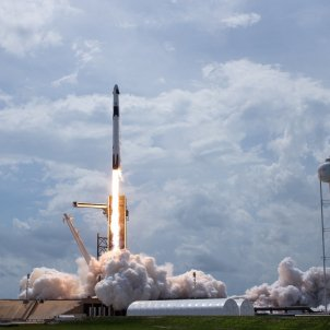 Coet SpaceX Falcon 9 EFE