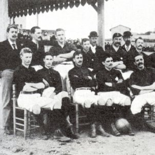 test 102 l origen del futbol a catalunya l equip de la societat de foot ball de barcelona 1895 font viquipedia