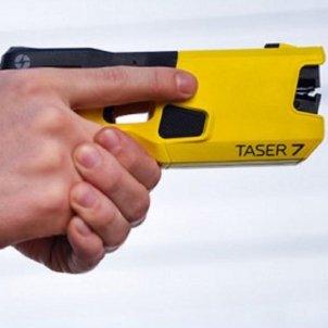 Pistola Taser NIDEC
