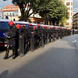 l'Ertzaintza bilbao policia pais basc - @Antifaxismoa