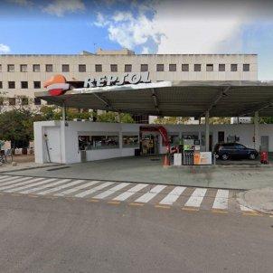 """Discriminación lingüística en una gasolinera de Mallorca: """"Estamos en España"""" google maps"""