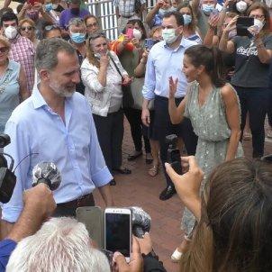 Felipe y Letizia se saltan las normas en las Canarias @altamiranoMLG
