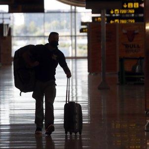 frontera aeroport madrid barajas - efe