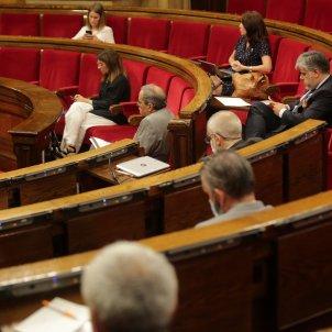 Hemicicle diputats distancia de seguretat Ple monogràfic Covid-19 coronavirus parlament - Sergi Alcàzar