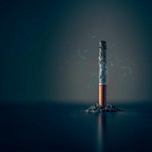 Colilla tabaco Unsplash