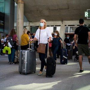 EuropaPress pasajeros maletas aeropuerto reapertura fronteras