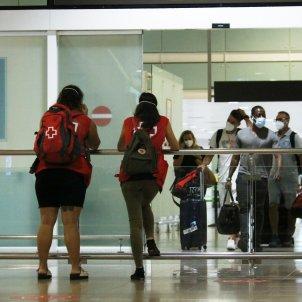 Turistes coronavirus aeroport Prat ACN