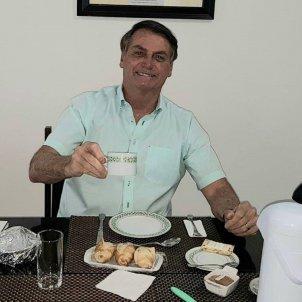 Jair Bolsonaro cafe