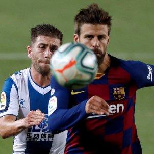 Pique Embarba Barca Espanyol EFE
