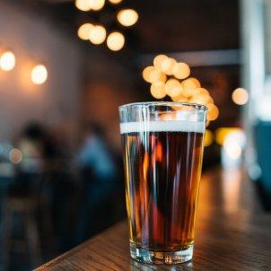 Consumo alcohol deterioro cognitivo Unsplash