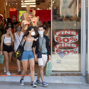 botiga barcelona coronavirus mascareta - efe