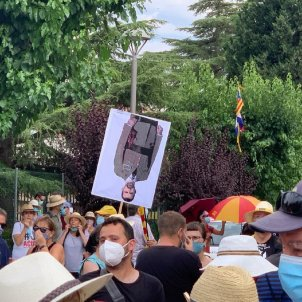 poblet protesta visita rei Marta Lasalas 2