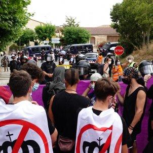 manifestants poblet rei Roberto Lazaro