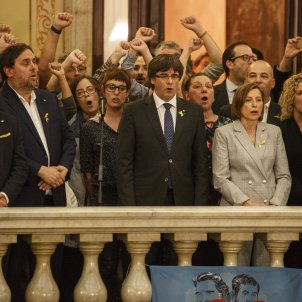 carles puigdemont oriol junqueras parlament dui - sergi alcàzar