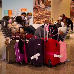 aeroport prat coronavirus t2 efe