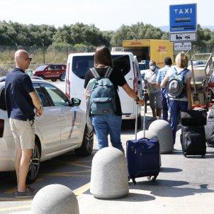coronavirus aeroport avio - acn