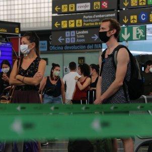 viatgers aeroport prat barcelona coronavirus - acn