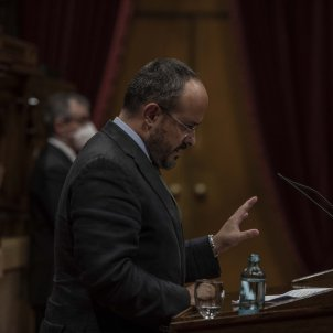 alejandro fernandez pp ple parlament monarquia - Maria Contreras Coll