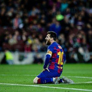 Messi agenollat trist Barca EuropaPress