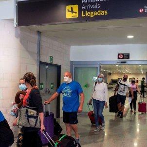 aeroport espanya turistes coronavirus - efe