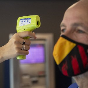 Dir gimnas coronavirus temperatura Covid-19 mesures prevenció - Sergi Alcàzar
