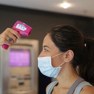 Dir gimnas coronavirus temperatura covid mesures prevenció - Sergi Alcàzar