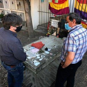 Puigdemont, Torra  en la tomba de Machado