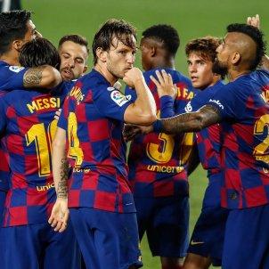 Rakitic Arturo Vidal Suarez Riqui Barcelona Barca Europa Press