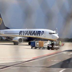Una avió de Ryanair arriba a Itàlia el 14 d'agost de 2020. Foto: Efe