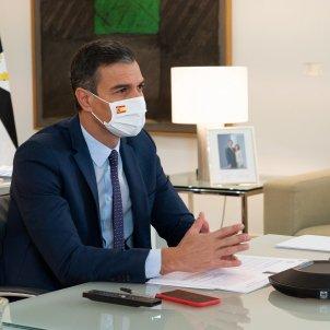Sánchez Conferència telemàtica presidents Pool Moncloa