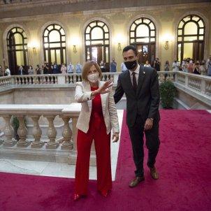 Carme Forcadell Torna al Parlament Roger Torrent mascareta covid-19 coronavirus - Sergi Alcazar