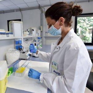 Laboratori coronavirus Torí EFE
