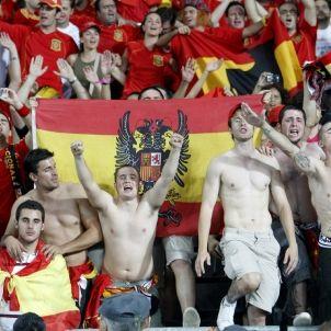 banderes franquistes futbol efe