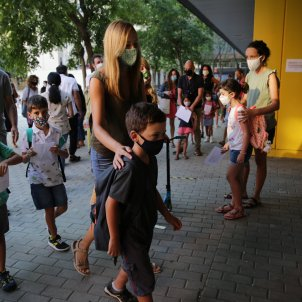 tornada escola nens CEIP Sant Martí - Sergi Alcázar