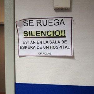 se ruega silencio retols en castella hospital son llatzer palma mallorca foto ASM (7)