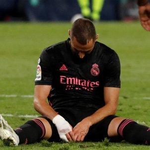 Benzema assegut lamenta Real Madrid efe