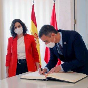Isabel Díaz Ayuso Pedro Sánchez EFE