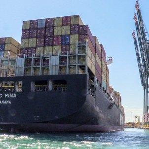 Un buque en el Port de València. Foto: Europa Press