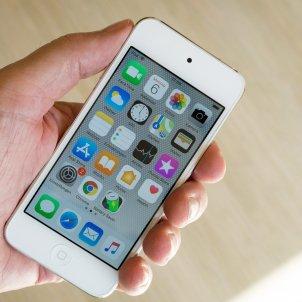 apple iphone mà telèfon mòbil - michael weidemann unsplash
